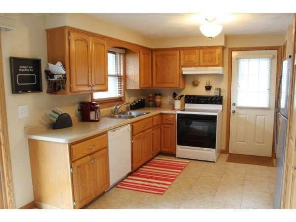003 Kitchen